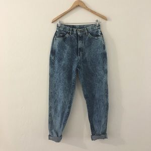 Vintage lee acid wash tapered mom jeans